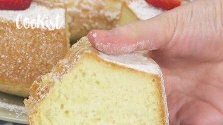 Egg whites cake: an incredibly light and fluffy cake!