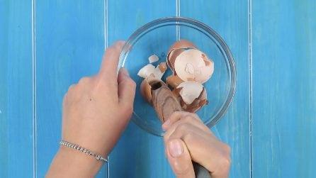 Schiaccia i gusci d'uovo: il rimedio da provare