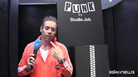 Fuorisalone, Studio Job firma PUNKxJOB, l'orologio in edizione limitata per Swatch