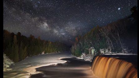 La via Lattea vista da qui è pura magia: uno scenario da sogno