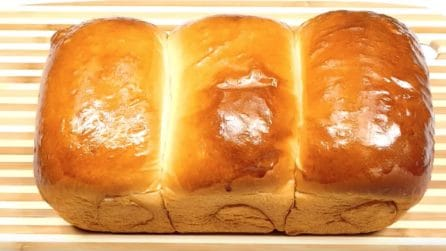 La ricetta del soffice e leggero pane al latte di Hokkaido