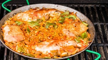 Paella Valencia on the BBQ