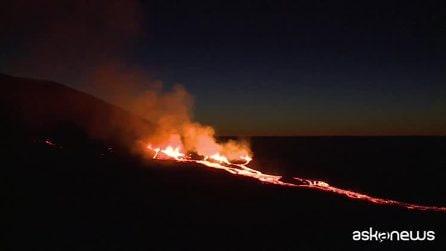 Le immagini spettacolari dell'eruzione del Piton de la Fournaise, vulcano dell'isola de La Réunion
