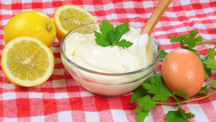 How to make homemade mayonnaise in just 30 seconds