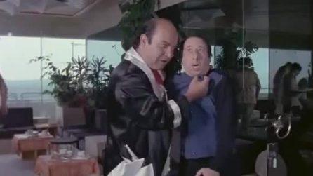 """Lino Banfi e Alvaro Vitali in """"L'insegnante al mare con tutta la classe"""""""