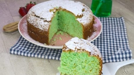 Mint cake: refreshing, moist and colorful!