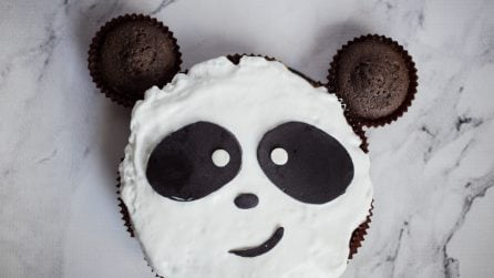 Panda cake: perfect for a birthday, or any special occasion