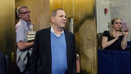 Harvey Weinstein incriminato per stupro da un 'grand jury' di New York
