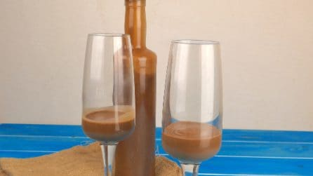 Chocolate liqueur: here's how to make it using only 3 ingredients!