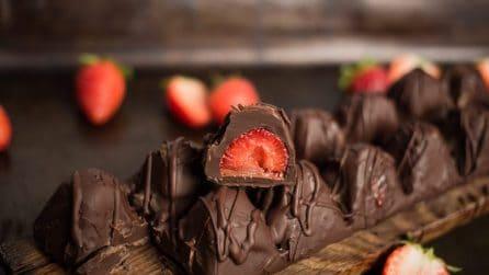 Barretta di cioccolato alle fragole