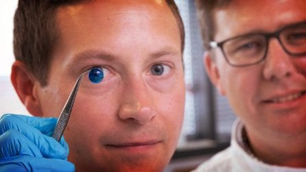 La prima cornea stampata in 3D può aiutare milioni di persone senza la necessità di un trapianto