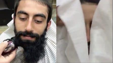Taglia completamente la barba dopo anni: quando scopre il volto è irriconoscibile