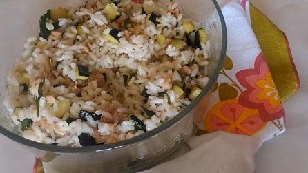 Insalata di riso con zucchine: un piatto fresco e perfetto per combattere il caldo