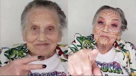 Trucca la nonna di 81 anni: la ringiovanisce in pochi minuti