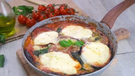 Healthier eggplant Parmesan: here's how you can prepare it in just a few minutes and without having to use the oven!