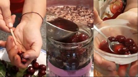 Ciliegie sciroppate fatte in casa: ottime per accompagnare gelati o frappè