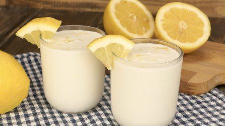 Sorbetto veloce al limone: il trucco per prepararlo in soli 3 minuti!