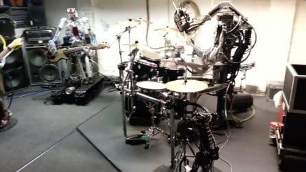 """Una rock band un pò """"particolare"""": i musicisti sono robot"""