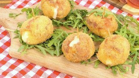 Deep fried mozzarella balls: a brilliant way to ready in only 5 minutes without making a mess!