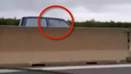 Anziano a 120 km/h contromano sulla statale per Brindisi: patente ritirata