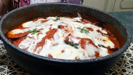 Parmigiana a crudo in padella: la ricetta del contorno veloce e saporito