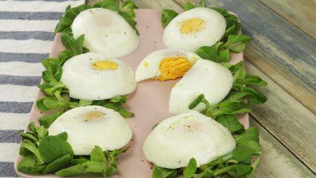 Come cuocere delle uova perfette grazie a delle ciotoline!