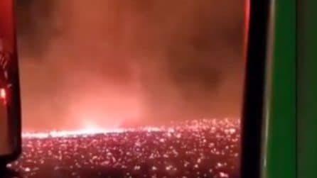 California, emergenza incendi: tornado di fuoco sulla città