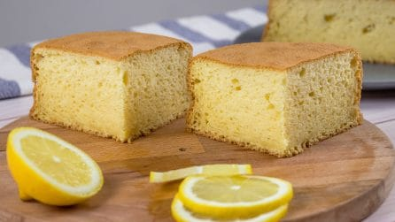 Yogurt cake: how to make a fluffy cake in no-time!