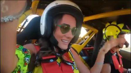 Valentino Rossi si diverte con il drifting e terrorizza la fidanzata