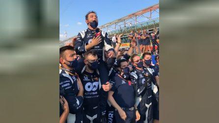 A Monza si canta l'inno di Mameli ma non per la Ferrari: il trionfo dell'AlphaTauri