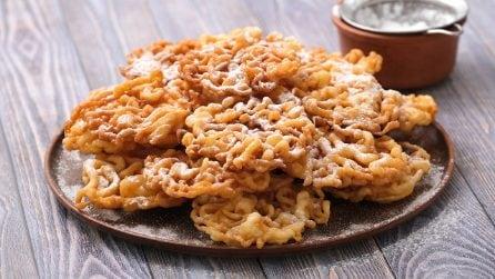 Frittelle croccanti: il trucchetto per farle con un mestolo!