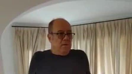 """Carlo Verdone operato, soffre di coxartrosi bilaterale: """"Dolori atroci da 7 anni"""""""