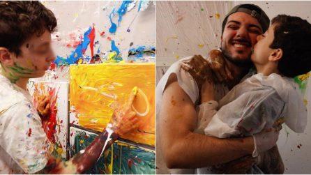 La storia di Leonardo e Simone, i due fratelli che hanno dipinto a colori le barriere dell'autismo