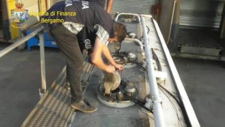 Bergamo, sgominata banda che contrabbandava benzina dalla Polonia: evase tasse per 3 milioni di euro