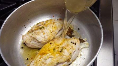 Pollo alle erbe aromatiche: la ricetta del secondo piatto davvero saporito