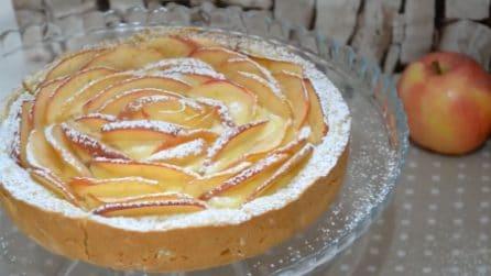 Torta di mele con frolla montata: la ricetta del dessert bello e goloso
