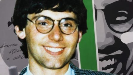 Giancarlo Siani, un eroe italiano: il giornalista che morì a 26 anni per amore della verità