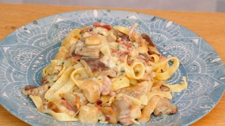 Creamy mushroom tagliatelle: an Italian dish to try right now!