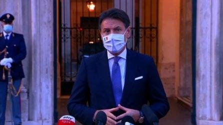 """Conte: """"Raccomandate mascherine anche a casa con amici o parenti"""""""