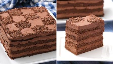 Torta furba al cioccolato: il dolce facile da preparare grazie ad un trucchetto che pochi conoscono