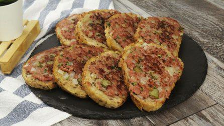 Bruschette saporite alla carne: facili da preparare e perfette per un antipasto sorprendente!
