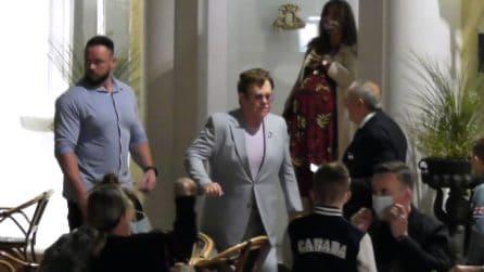 Elton John in vacanza a Capri con il marito e i due figli