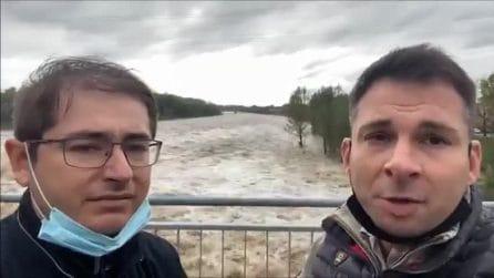 """""""Riapriamo il ponte, situazione ok"""", la diretta dei due sindaci che riaprono il ponte che dopo 2 ore crolla"""