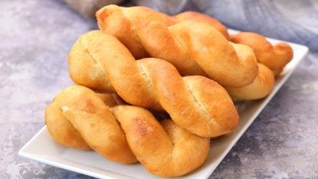 Bastoncini fritti filanti: troppo sfiziosi per non provarli subito!