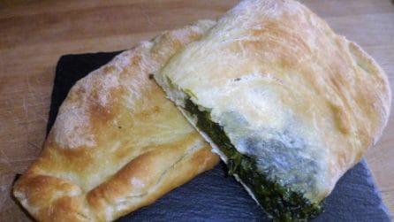 Calzoni al forno con spinaci: la ricetta rustica che conquisterà tutti