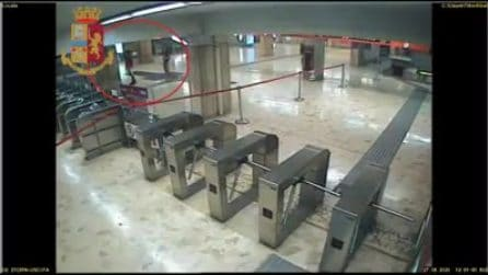 Roma, rubano defibrillatori dalle stazioni metro e li rivendono online: fermata una coppia di ladri
