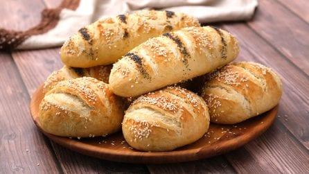 Sfilatini e panini soffici: il trucco per farli morbidi e deliziosi!