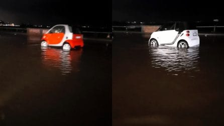 Temporale Napoli, il lungomare è allagato: acqua nelle strade di Mergellina