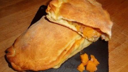 Calzone con zucca e pancetta: la ricetta rustica che amerete