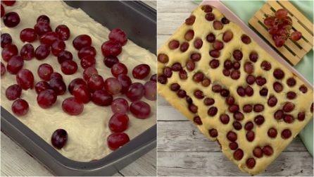 Schiacciata con l'uva: soffice, buona e facile da preparare!